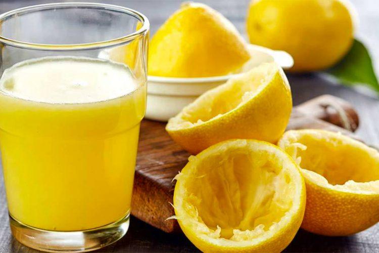 Konsumoni ujë me limon dhe për 14 ditë do të bini nga pesha, por duhet të zbatoni këtë rregullore