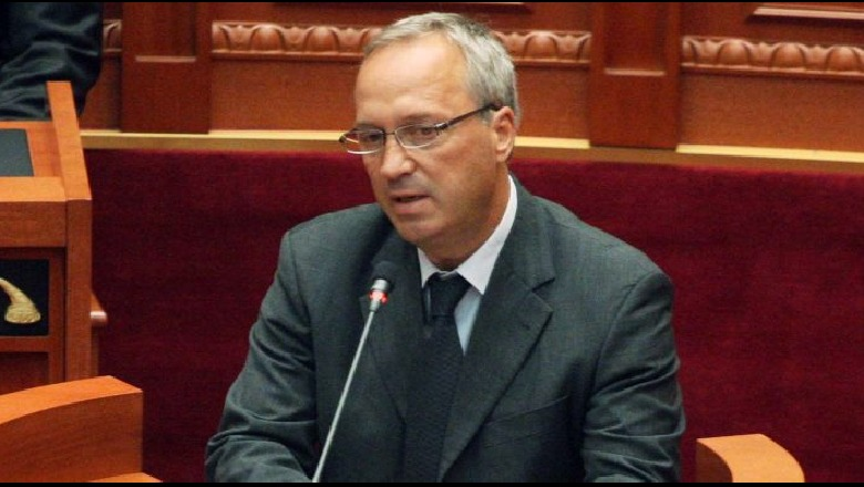 Deputeti i PS Besnik Baraj tërhiqet nga politika: Dua t'ju krijojë hapësira  të rinjve… - TiranaNews